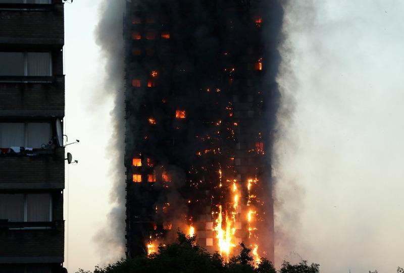 Пожар в многоэтажном жилом доме Grenfell Tower