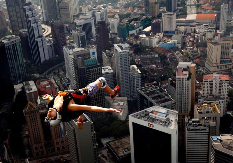 Свободный прыжок с башни KL