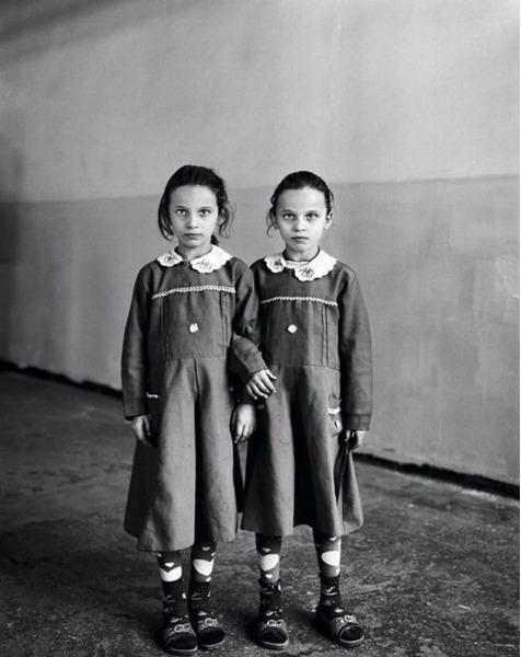 портрет сельских школьниц из Турции под названием «Sweet Nothings»