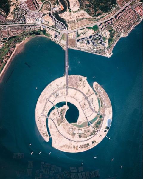 Строительство искусственного острова в заливе Сямынь на юго-востоке Китая