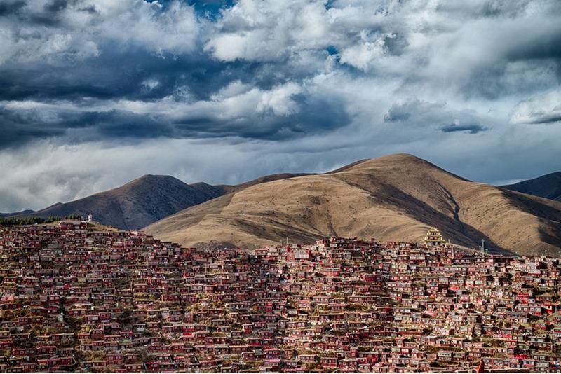 Поселение Ларунг Гар в Тибете, Аттилья Балог, Венгрия