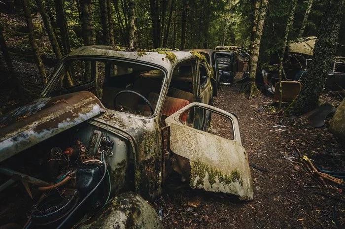 Кладбище машин на границе Норвегии и Швеции.
