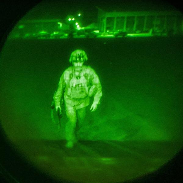 Крис Донахью — последний американский военный, покидающий Афганистан.