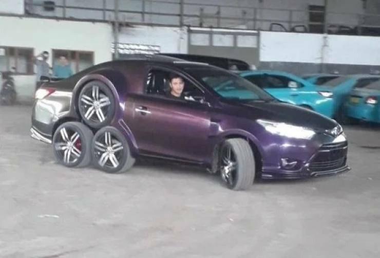 Странные машины