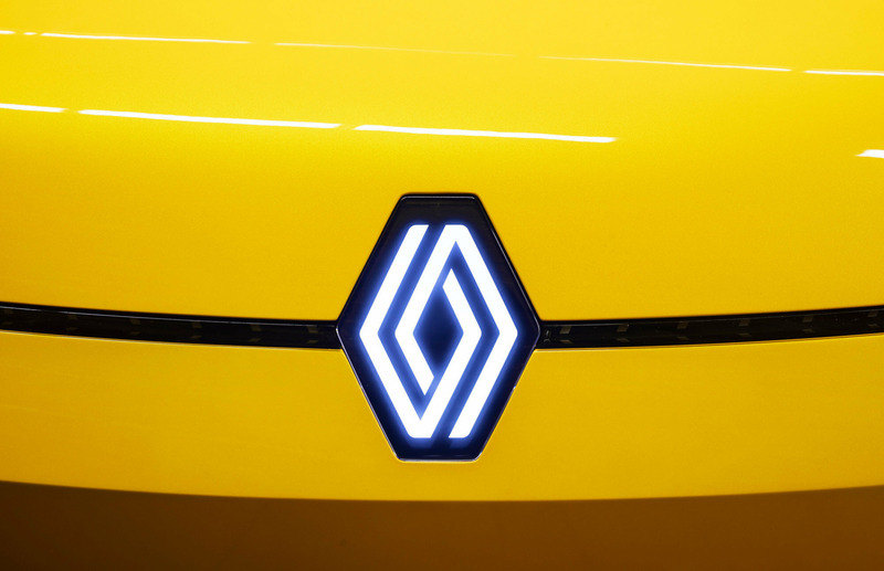 Новый логотип Renault