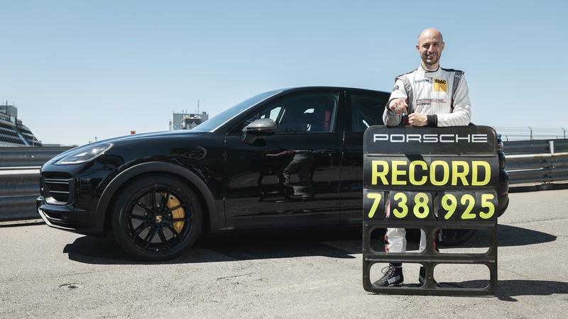 Porsche установила новый рекорд кроссоверов
