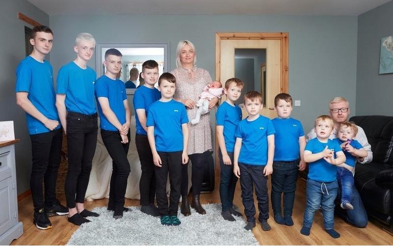 Мама 10 мальчиков наконец родила девочку