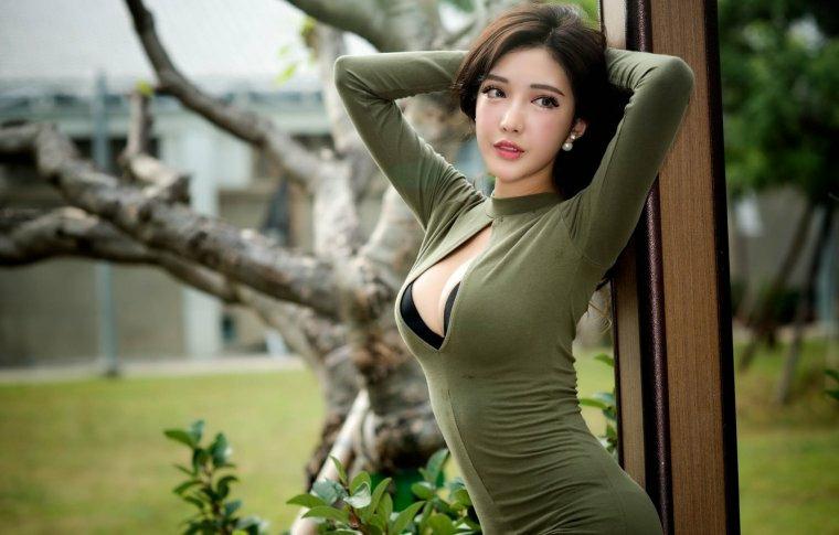 фото японок с большой грудью меня словно