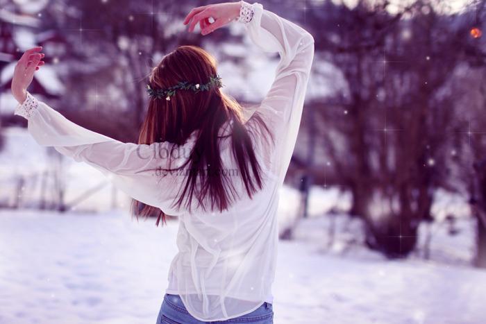 Красивые зимние картинки девушки спиной