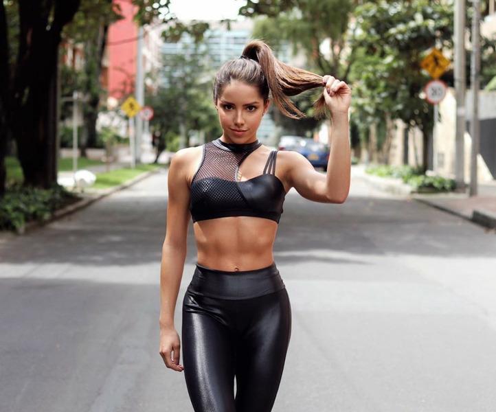 Сильвана Араужо (Silvana Araujo)