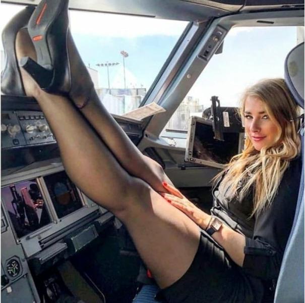 девушки стюардесы