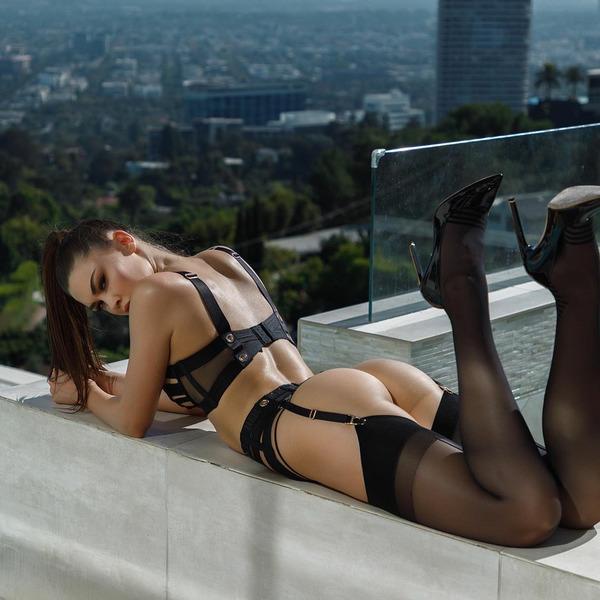 Джессика Наз (Jessica Naz)