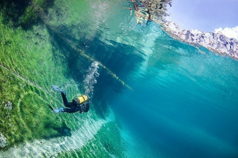 нежная прозрачное озеро море фото пояснице взрослого