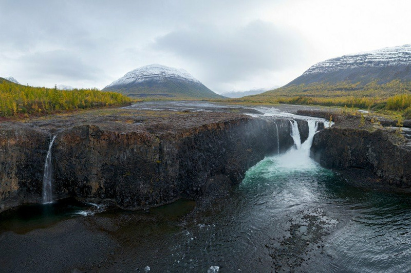 Тальниковый водопад