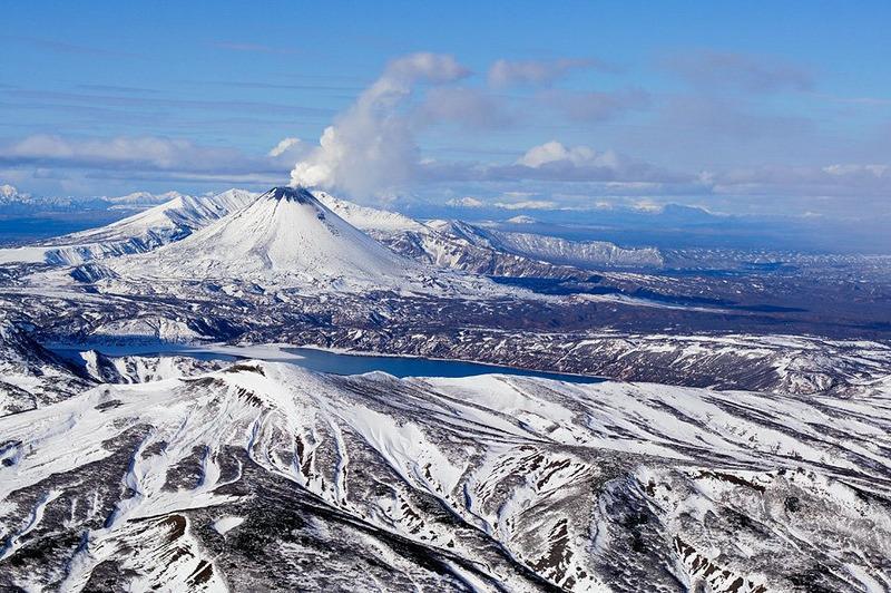 Вулкан Карымская сопка — самый маленький из камчатских действующих вулканов, но самый активный