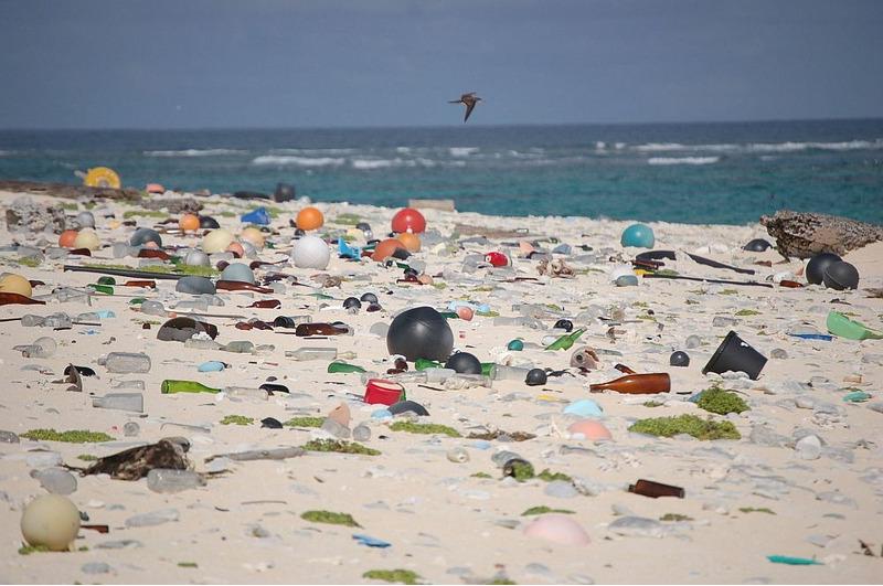 Хендерсон самый грязный остров в мире