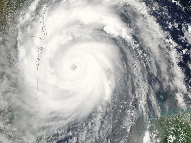 Ураган Эмили