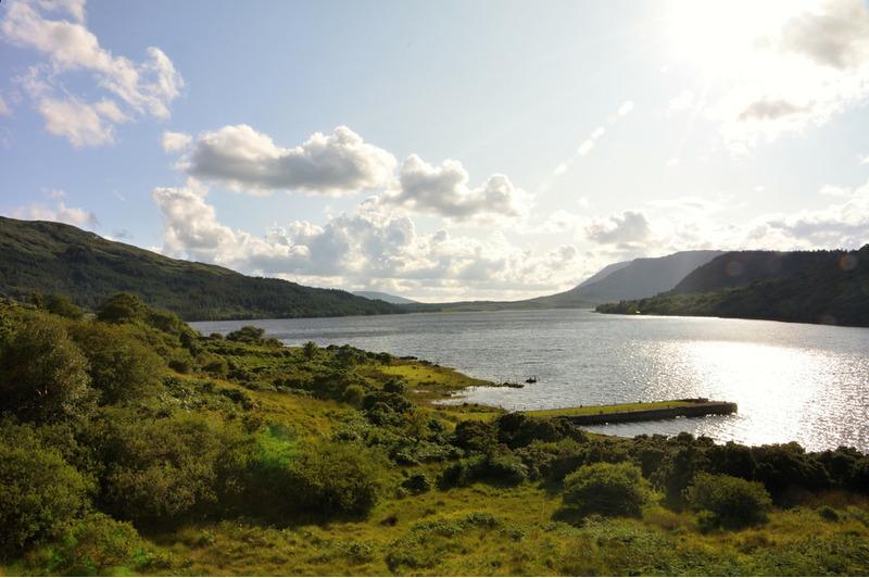 Озеро Лох-Корриб в Ирландии