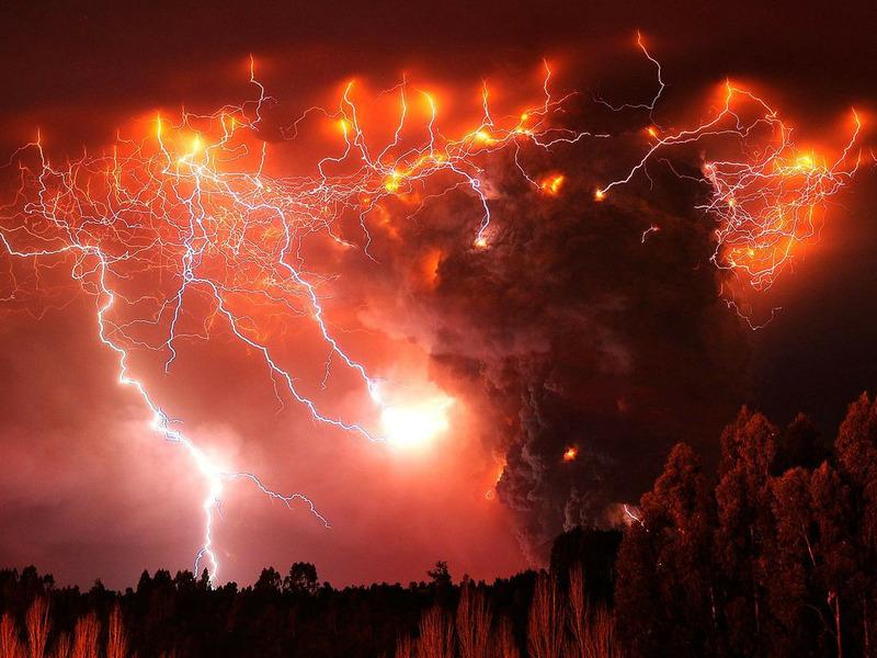 Грязная гроза или Вулканическая молния