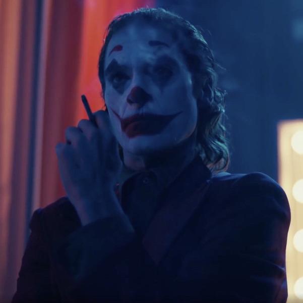 Психологи назвали заболевание из-за которого смеялся Джокер