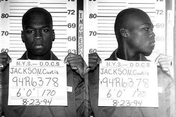 Фото осужденного рэппера 50 Cent за торговлю наркотиками. На фото ему 19 лет. 1994 год.