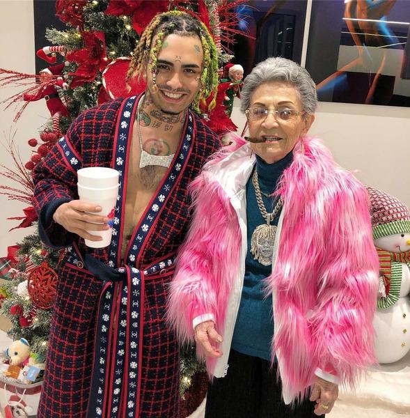 Lil Pump с бабушкой