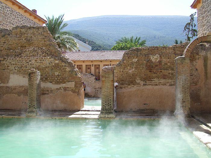 Римская баня Хаммам Эссалихейн
