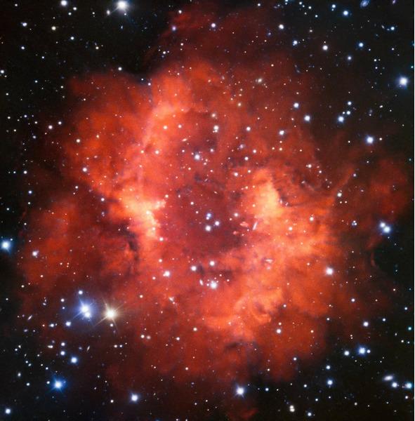 Планетарная туманность Abell 24, расположена в созвездии Малого Пса.