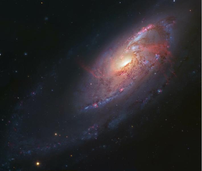 Спиральная галактика M106 (NGC 4528)