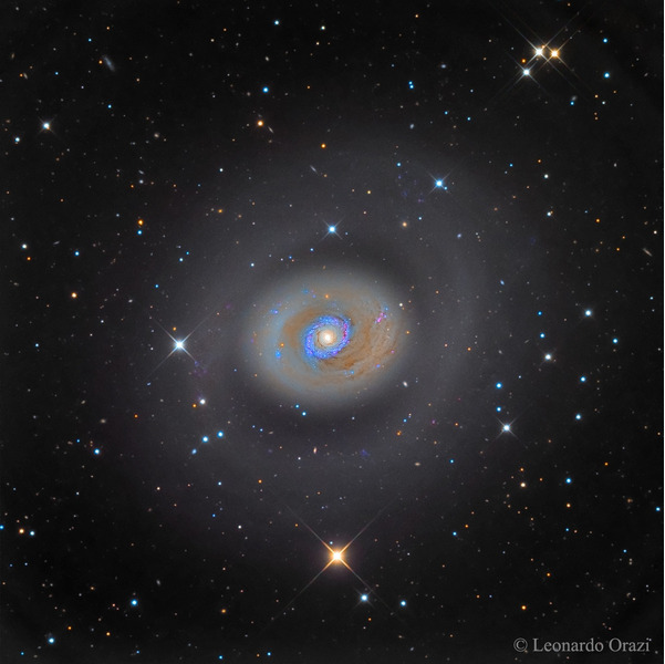 Спиральная галактика M94