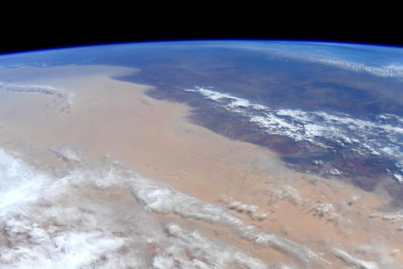 Дым от австралийских пожаров из космоса