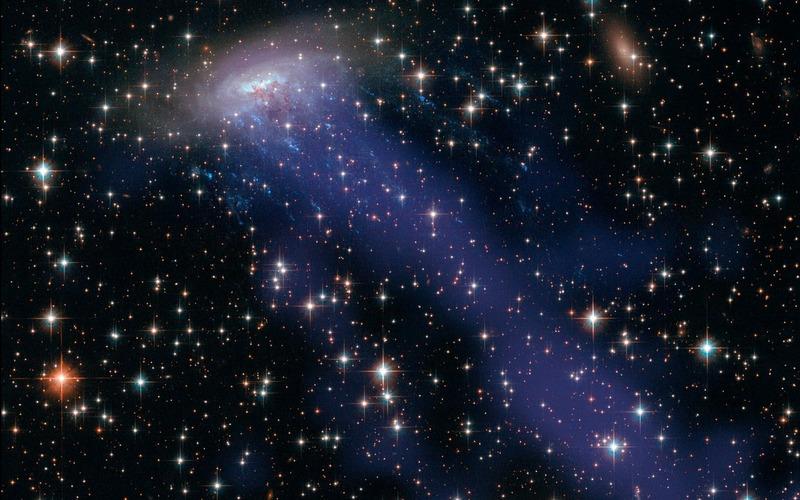 Выметание газа из галактики ESO 137-001