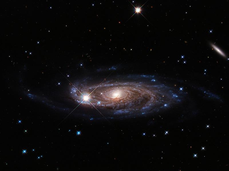 Спиральная галактика UGC 2885