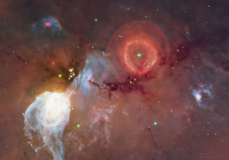 Сбрасывающая массивную оболочку звезда G79.29+0.46