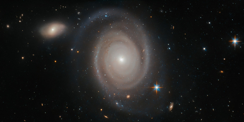 Спиральная галактика NGC 1706