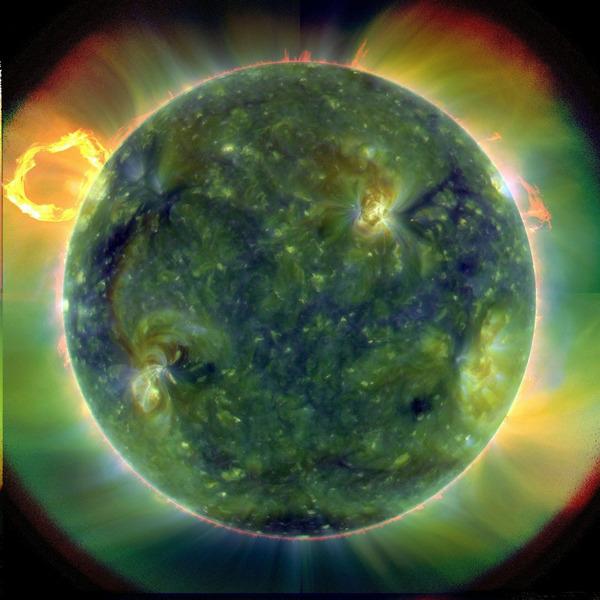 Солнце в далеком ультрафиолете