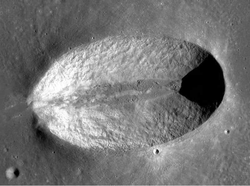 Лунный кратер Мессье
