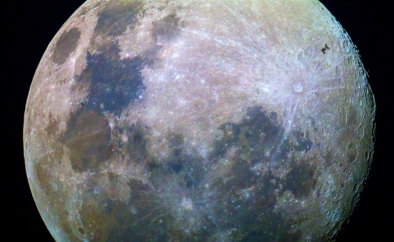 Транзит МКС над Луной