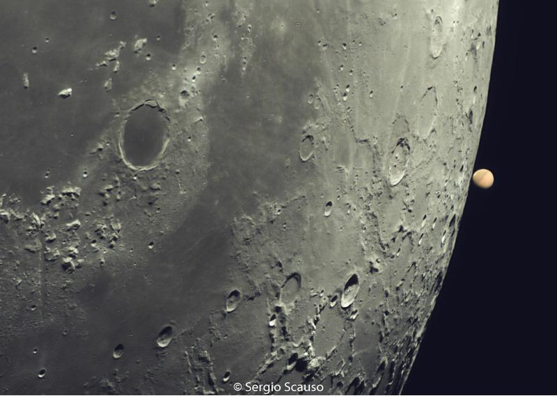 Покрытие Марса Луной