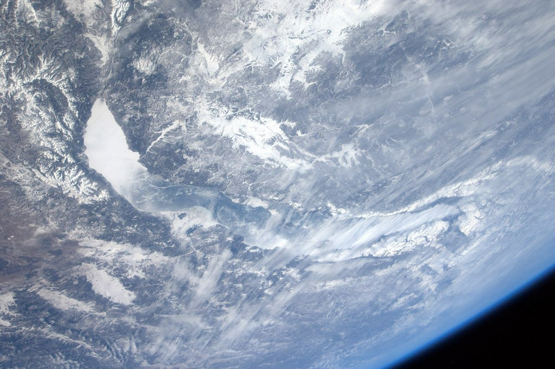 Озеро Байкал с борта МКС