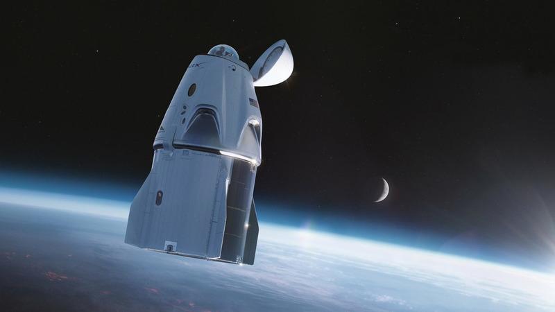 Crew Dragon в космосе