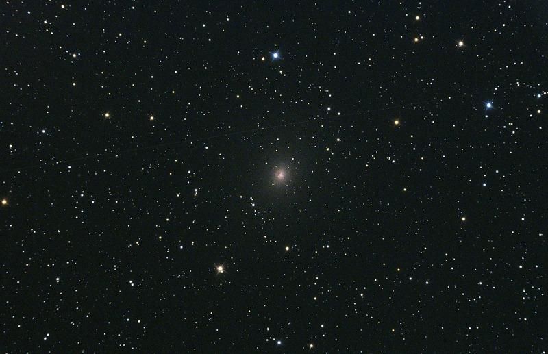 Галактика NGC 185
