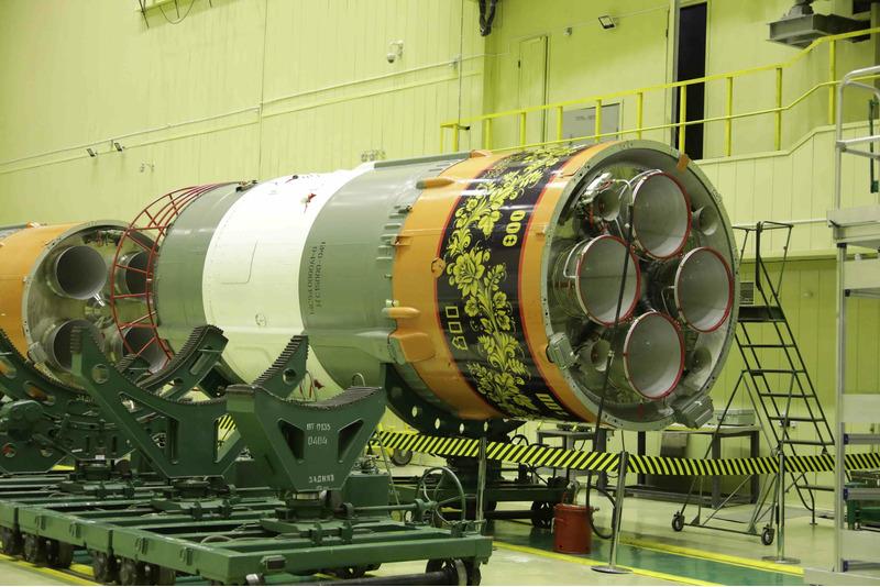 Роскосмос раскрасил ракету Союз под хохлому