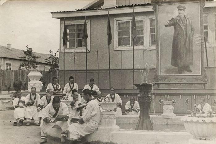 Японские военнопленные в советском лагере в Приморье