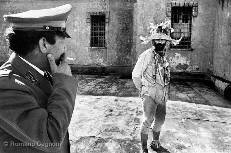 Психбольница для преступников, Неаполь, Италия, 1988