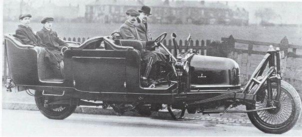 Двухколесный автомобиль Петра Шиловского, 1914 год.