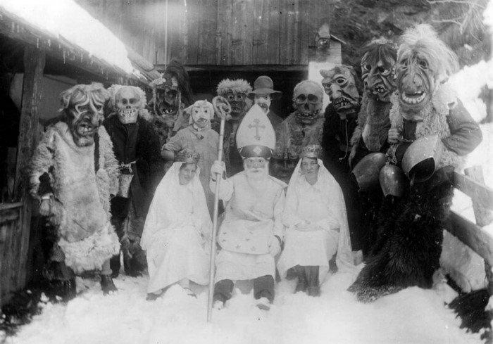 Зловещая встреча друзей святого Николая в Австрии, приблизительно 1935 год