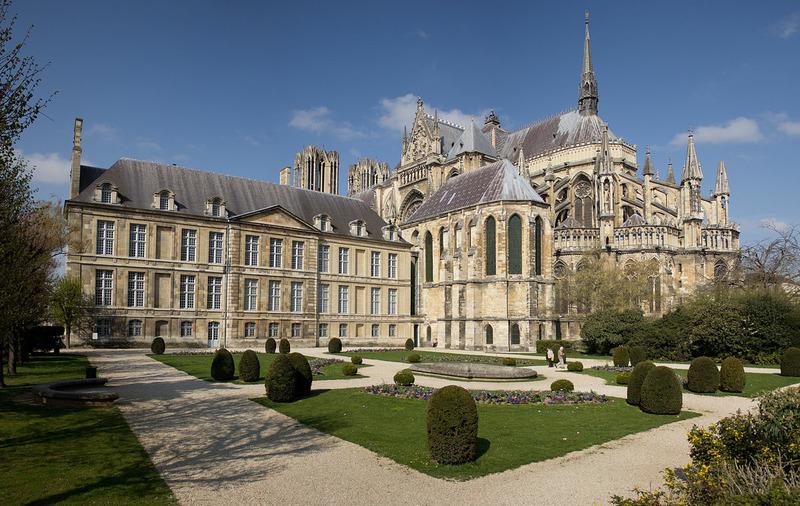 Дворец То (Palais du Tau)