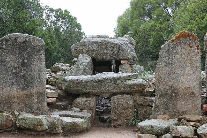 Гробница гигантов