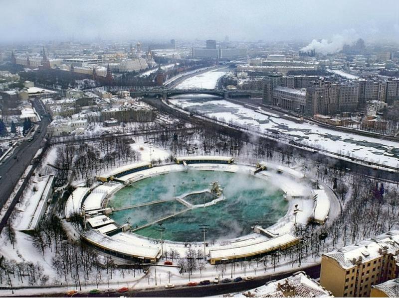Бассейн Москва, 1991 год.
